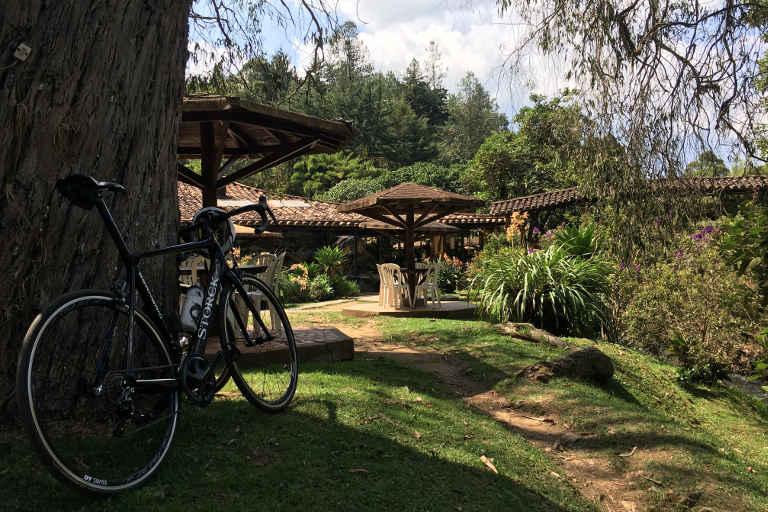 Road bike training camps Medellin - enjoying a break and great food