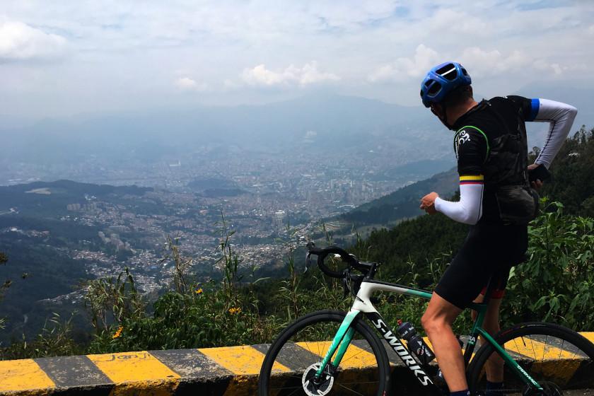 Rennradcamp Kolumbien: Aussicht auf Medellín von Santa Elena